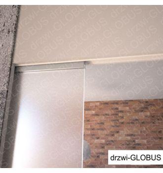 Drzwi szklane przesuwne w KASECIE MARKOWEJ dwuskrzydłowej, widok na szczegóły